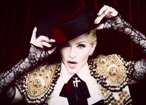 Madonna-living